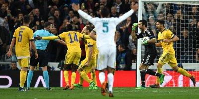 Lolosnya Real Madrid Diwarnai Kontroversial Wasit